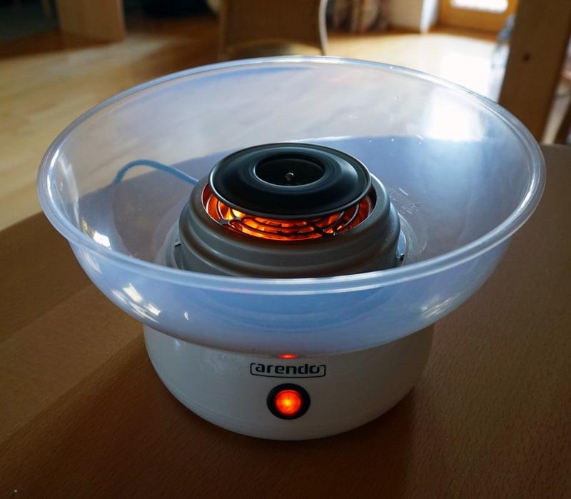 zuckerwatte-selber-machen-zuckerwattemaschine-aufheizen
